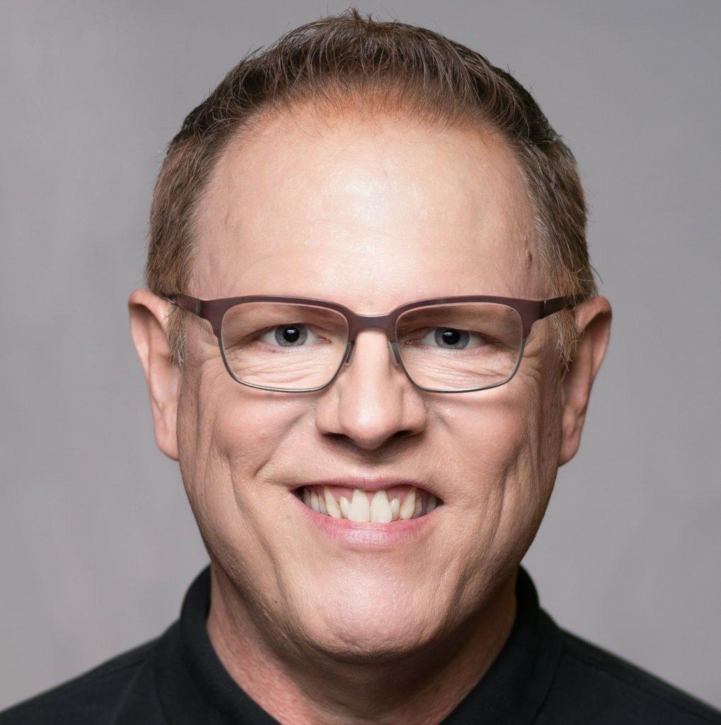 Greg Lynch